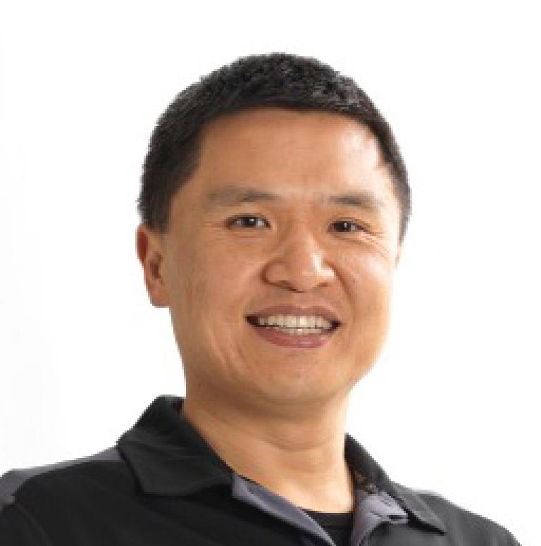 Charles Huang Headshot